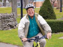 Ken Vos on e-bike