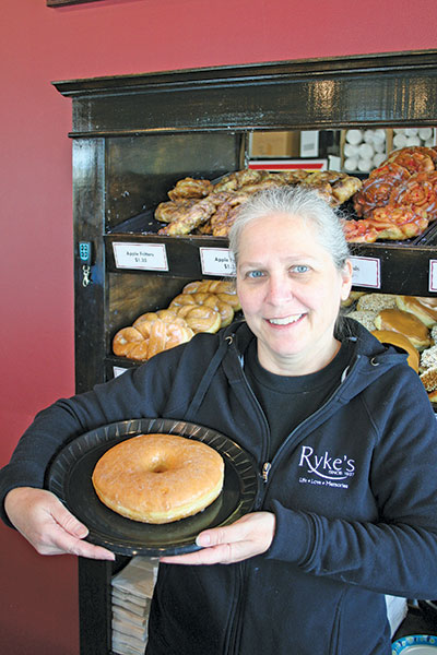 Ryke'sBakery, Catering & Cafe Julie Taylor