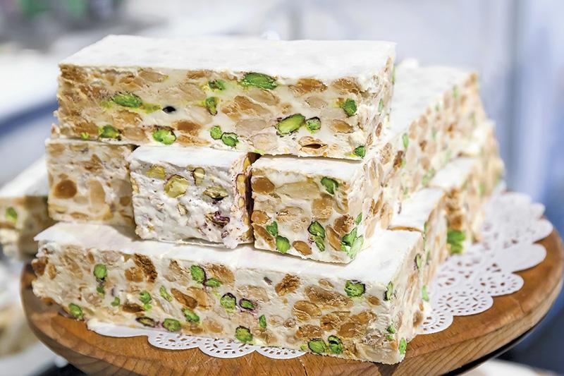 almond-pistachio nougat