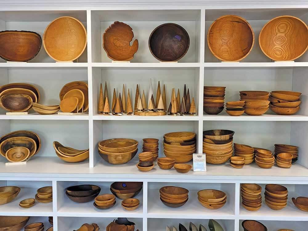 Holland Bowl Mill Bowls