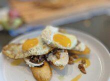 Mushroom, Ricotta and Fried Egg Tartine